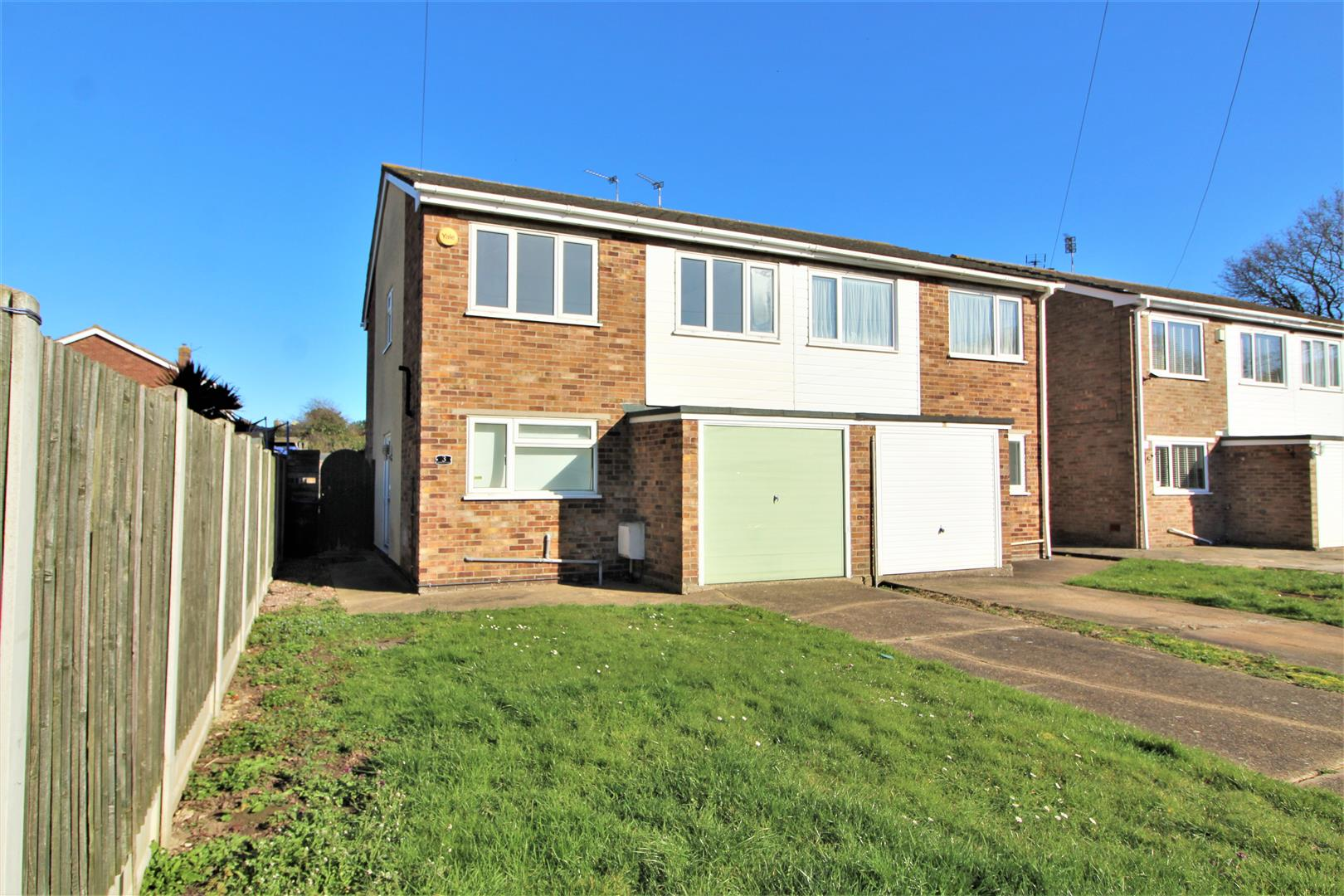 Burmanny Close, Clacton-On-Sea, Essex, CO15 2BA